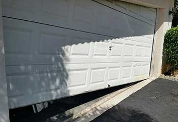 Garage Door Off Track | Caldwell | Cornelius, NC